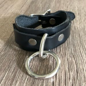 Jewelry - Vintage 90s Leather Bondage O-Ring Cuff Bracelet
